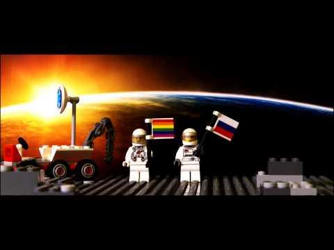 1st QUEER cosmonauts in space: Juri Gaygarin & Valentina Lesbieschkowa