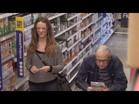 Ellen's Writers 'Speak the Lyrics' to Unsuspecting Supermarket Shoppers