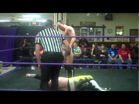"Mikey Danger vs  ""The Omaha Chainsaw"" S. M. King"