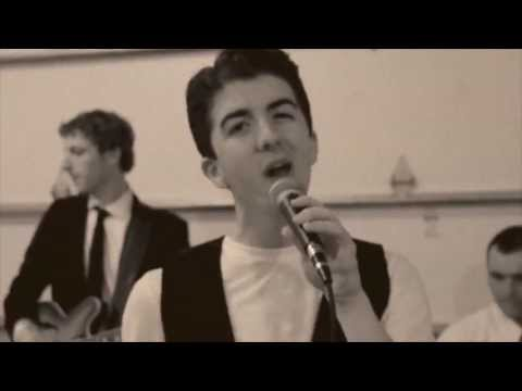 Love Somebody - Maroon 5 (Andrew Smith Cover)