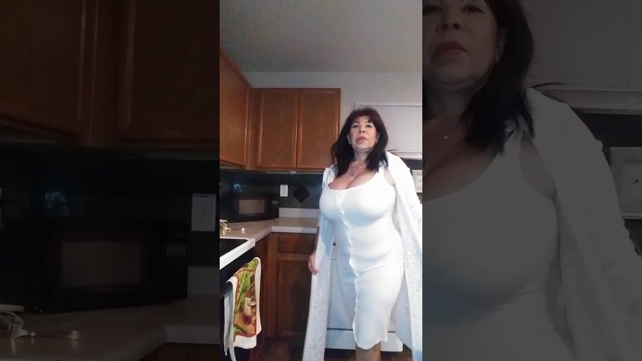 mi vestido blanco sexy feliz
