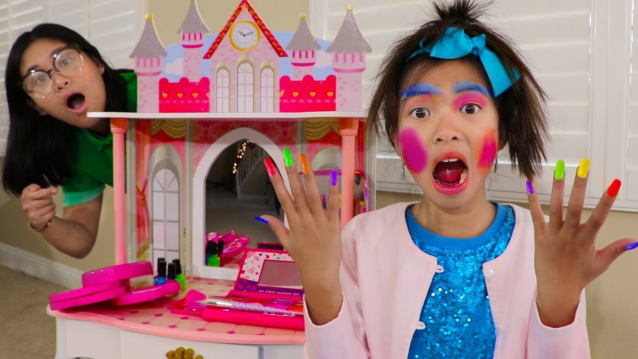 Wendy Pretend Play Dress Up New Kids Make Up Toys Youtube
