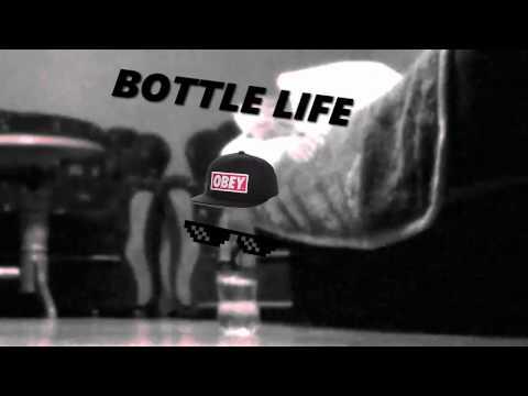 Po prostu zwykły Bottle Flip.
