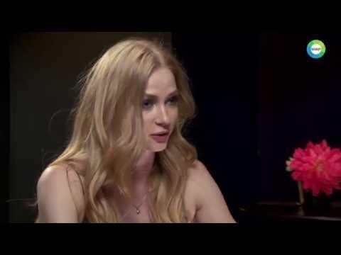Светлана Ходченкова обнажилась в новом клипе группы