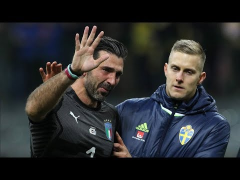 When Men Cry ● Football Stars In Emotional Moments