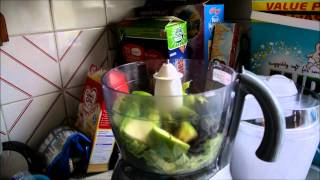 Veda 4 - How To Make A Cabbage And Apple Smoothie