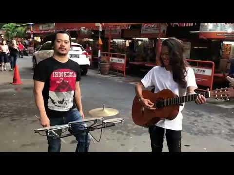 Cover Lagu Duet pengamen keren... suara mantapp dengan lagu - lagu nusantara STAFABAND