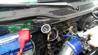 Fuel pressure gauge with banjo bolt
