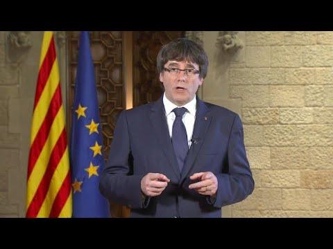 Puigdemont carga contra Rajoy, pedirá pleno a Parlamento catalán