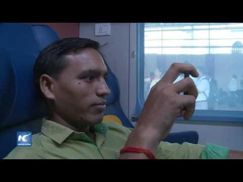India lanza tren de lujo de alta velocidad