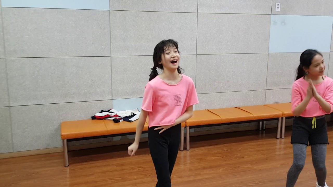 [Dance practice]2018.02.02 USSO GIRL Dance practice - YouTube