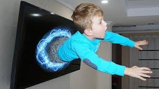 - Попали в ТЕЛЕВИЗОР Не знаем как ВЫБРАТЬСЯ Видео для детей Video For Kids Матвей Котофей