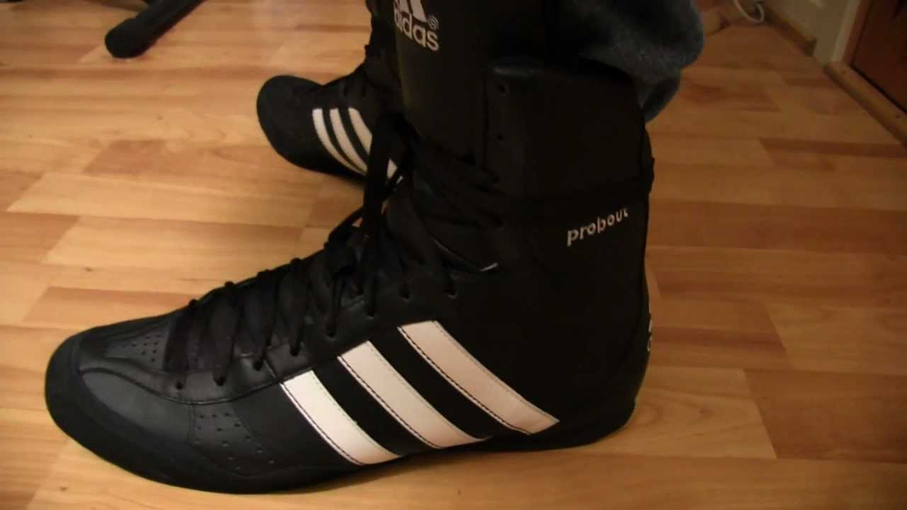 buy popular ad6ff 25ed2 Adidas Probout boxing boots up close - YouTube