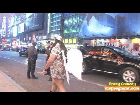 NEW YORK CITY - Man In Dress Walkathon #9 1Angel3Cops