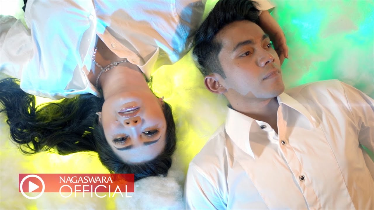 Fitri Carlina - Wingi Odading Saiki Semongko (Official Music Video NAGASWARA)