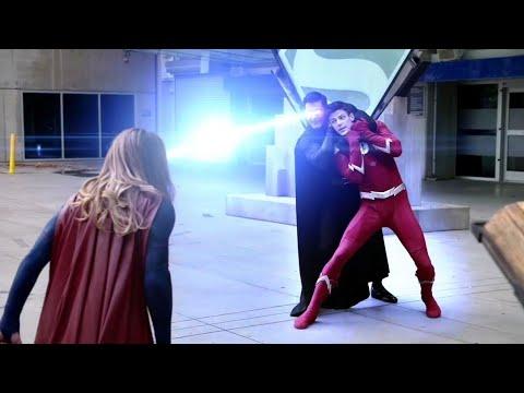 John Diggle vs Supergirl, Flash e Arqueiro - DUBLADO (Português-BR) HD   Elseworlds
