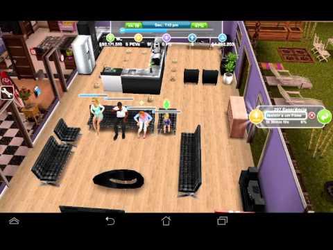 Uma torta de lama-The Sims Freeplay.