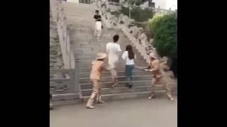 Prank Maniquí broma pesada con Chinos