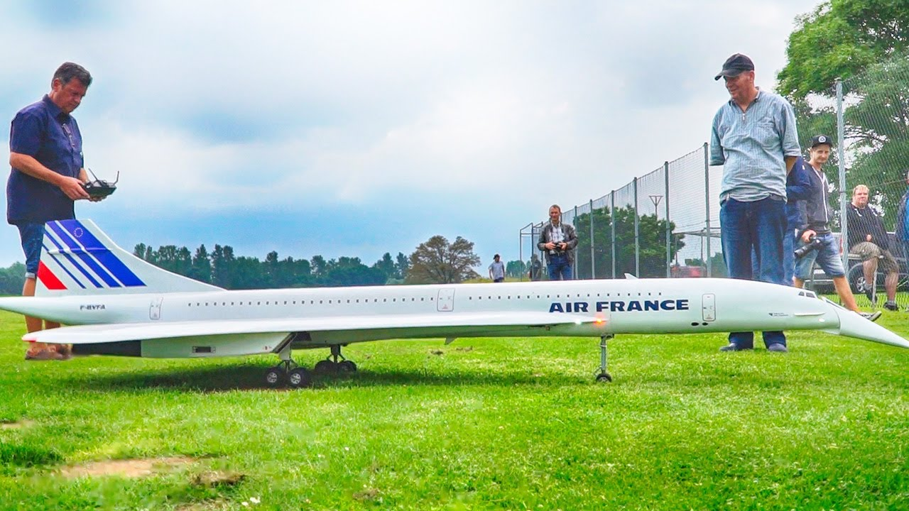 HUGE CONCORDE RC MODEL WITH AFTERBURNERS! AIR FRANCE CONCORDE SCALE MODEL FLIGHT DEMONSTRATION