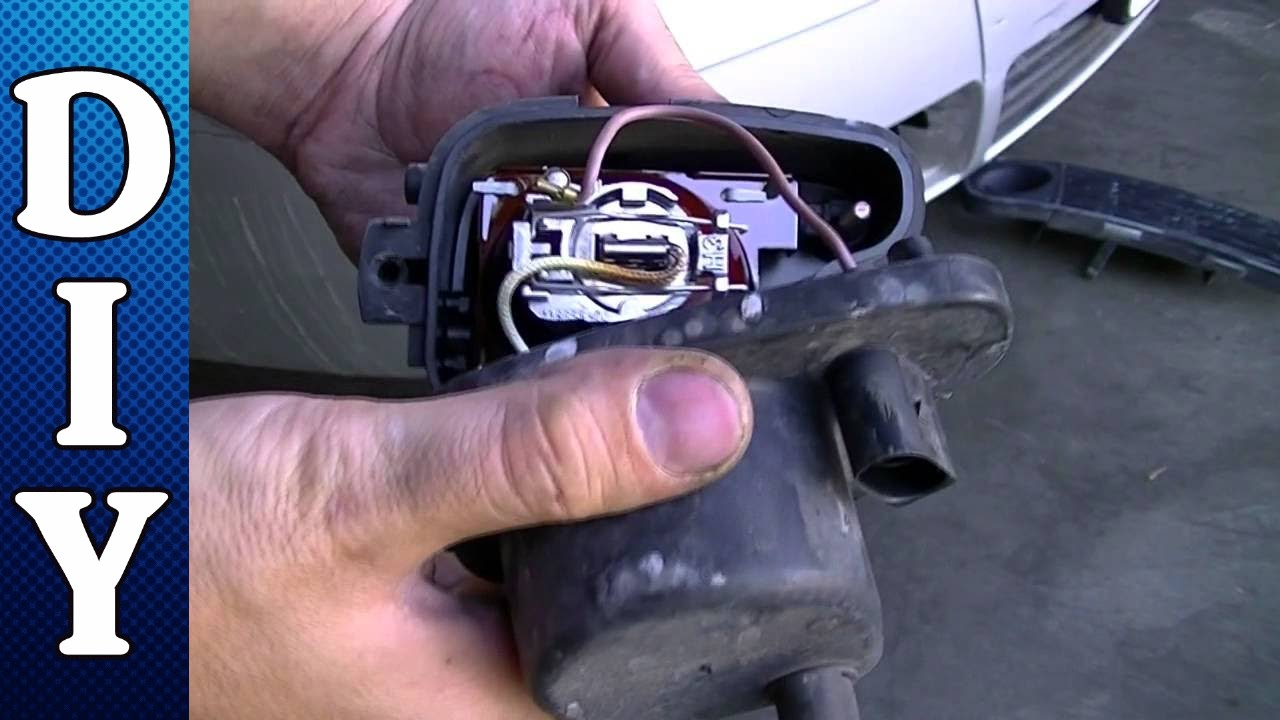 How To Remove And Replace A Fog Light And Bulb Audi A6