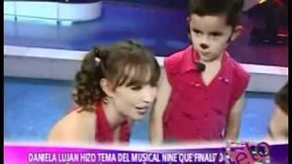 Daniela Luján Hizo Tema del Musical NINE y Dayiro bailó TORERO [A.Espectaculos04/10/2011]
