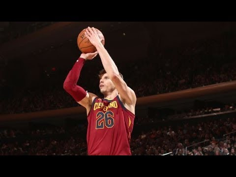 Kyle Korver Scores 19 in the 4th Quarter to Lead Cavs Comeback | November 13, 2017