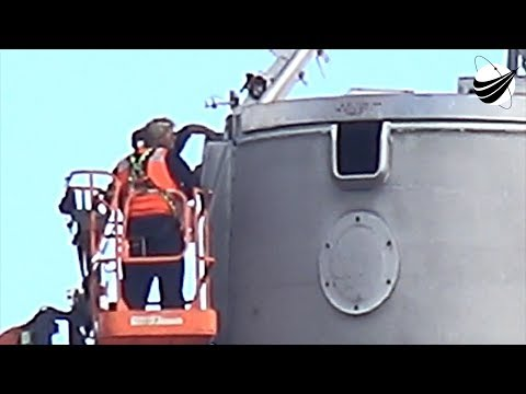 SpaceX - Koreasat-5A - In Port - Hook - Lift - Purge  11-03-2017