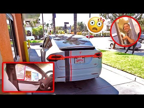 Thumbnail: SELF DRIVING TESLA IN DRIVE THRU PRANK (FREAKOUTS)