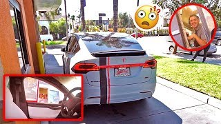 SELF DRIVING TESLA IN DRIVE THRU PRANK (FREAKOUTS)