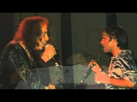 Ronnie James Dio and Bruce Dickinson - Man On The Silver Mountain (Live)