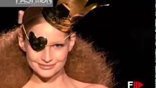 ANDRES SARDA Fall 2010 Madrid - Fashion Channel