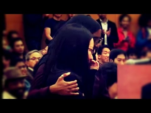 [Emotional] Sister Questions On 'Purpose of Life' and Ends Up Accepting Islam - Dr. Zakir Naik 2015 thumbnail
