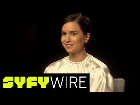 Alien: Covenant's Katherine Waterson on Sigourney Weaver  SYFY WIRE