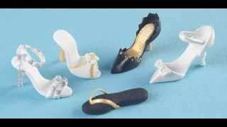 Franklysweet Tiny sugar shoes - high heels with gold bow