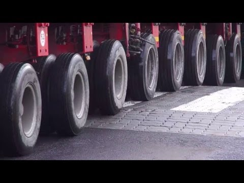 Extreme Trucking - Big Trucks Compilation 2014
