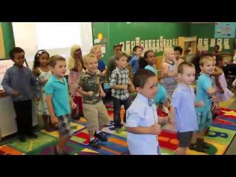 We Are The Dinosaurs w. Lyrics. Funny song at preschool (Поют дети в садике песенку про динозавров)