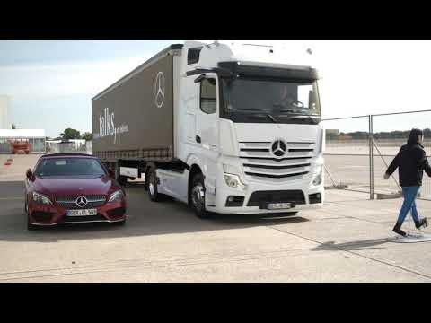 Daimler Product Experience at the IAA 2018 - Footage on Location