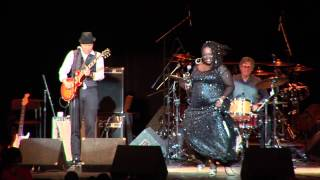 Thornetta Davis - Dance Away Your Blues