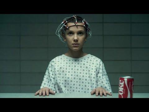 Одиннадцать демонстрирует свои способности  Очень странные дела Stranger Things