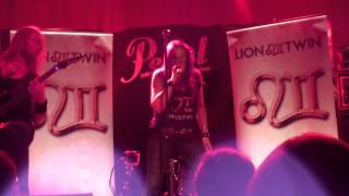 Lion Twin - Eco Warrior (live - Zeche Bochum)