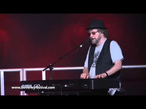 Interview with Chas and Dave @ Beverley Folk Festival 2014