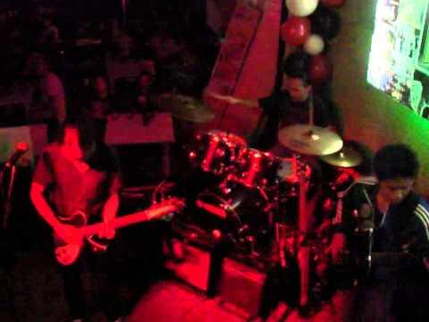 Yano - Iskolar ng bayan ( Live at Ocho Biztro )