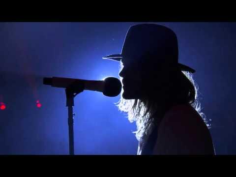 30 Seconds to Mars - Hurricane - iTunes Festival 2013 Live