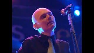 "The Smashing Pumpkins Live France 1997 ""The Aeroplane Flies High"""