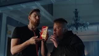 Реклама  Kit Kat Senses - Мезенцев грабитель