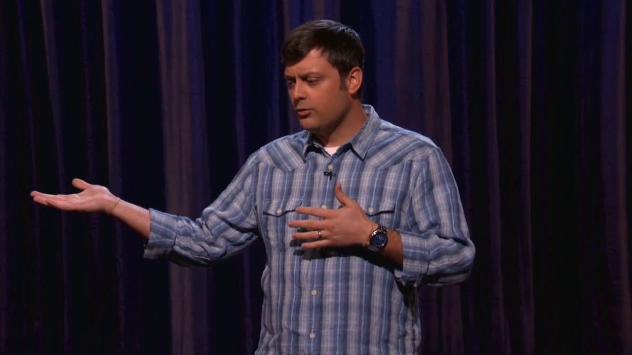 Download Comedian Nate Bargatze recounts getting a burger with a friend