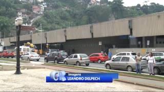 Policial civil é confundido com Uber e sofre ameça de taxistas em Santos