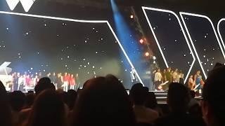 Remember Me - Sơn Tùng M-TP Live Tại Gala WeChoice Awards 2017 (FanCam)