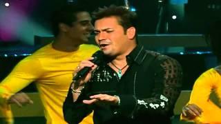 Victor Manuelle - La Vida Es Un Carnaval (Homenaje a Celia Cruz) En HD