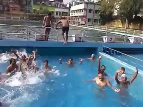 Pool may naha ke aur bhi namkeen Swimming pool me naha ke.